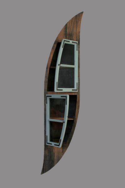 Henny Hendrichs, Moritz   unter Verwendung eines Fensterflügels aus dem Hohenzollerndamm in Berlin - Wilmersdorf   Maße - ca. 50 x 230 x 30cm (BxHxT)