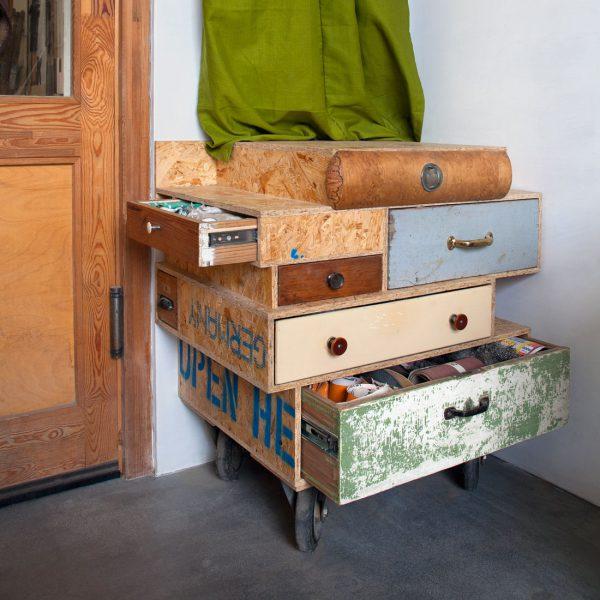 Henny Hendrichs Werkstatt, Schubladenkommode